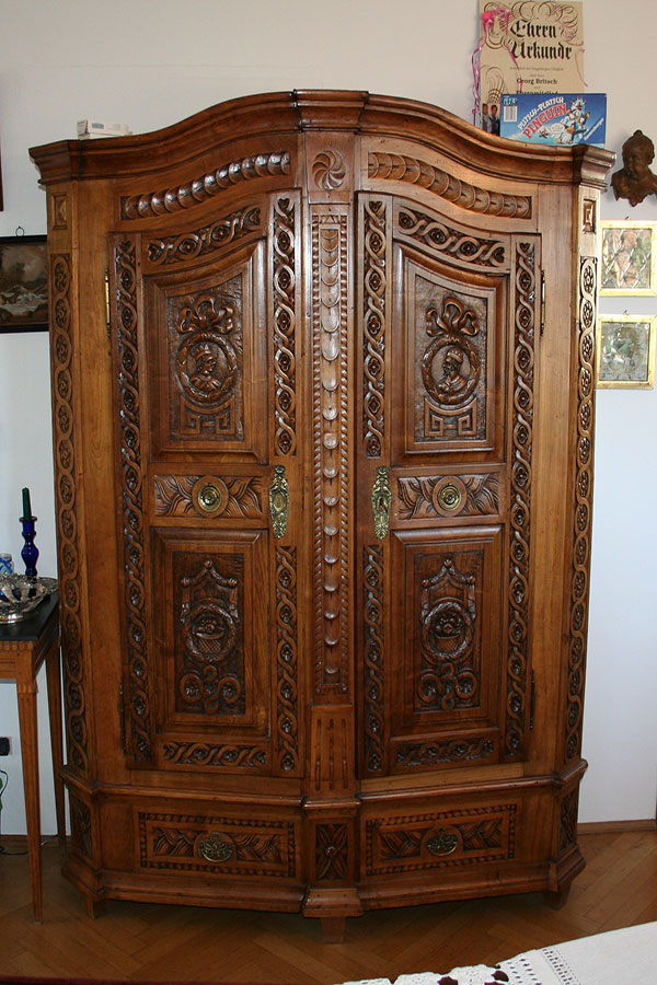 antiker bodenseeschrank original antike biedermeier m bel britsch. Black Bedroom Furniture Sets. Home Design Ideas