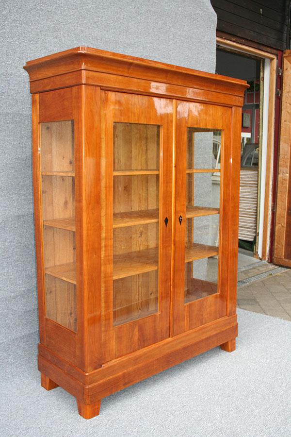 antike vitrine antike biedermeier m bel britsch. Black Bedroom Furniture Sets. Home Design Ideas