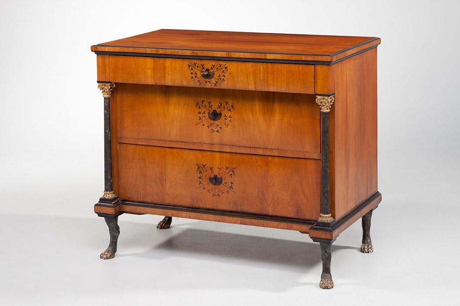 stilkunde klassizismus antike biedermeier m bel britsch. Black Bedroom Furniture Sets. Home Design Ideas
