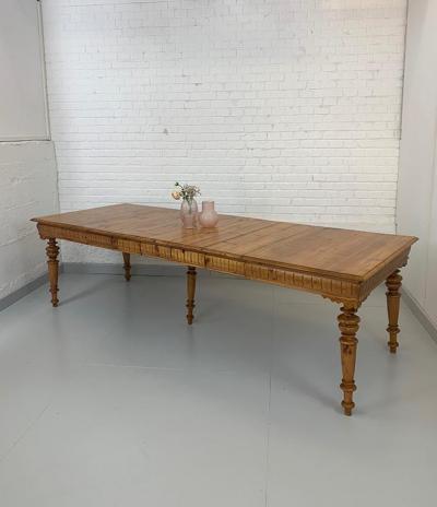 Auszugtisch, Gründerzeit, um das Jahr 1880 gefertigt