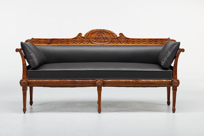 antikes sofa mit schnitzereien antike biedermeier m bel britsch. Black Bedroom Furniture Sets. Home Design Ideas