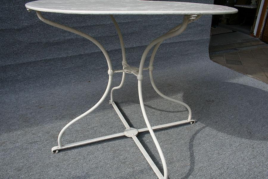 antiker runder eisen gartentisch antike biedermeier m bel britsch. Black Bedroom Furniture Sets. Home Design Ideas