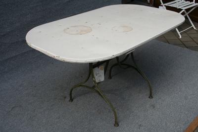Gartentisch, restauriert, Eisen-Gestell