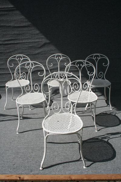 Satz antiker Gartenstühle, Eisen