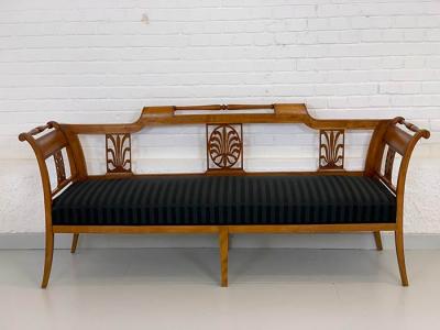 antikes Sofa, Biedermeier, um das Jahr 1810 gefertigt