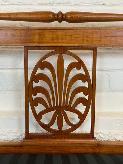 antikes Sofa, Biedermeier, Ornamente