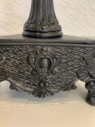 antike Leuchter, Kunstguss, Eisen, um das Jahr 1850 gefertigt