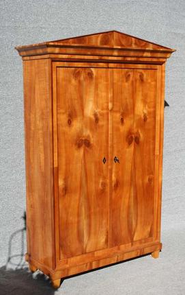 Biedermeierschrank, restauriert, antik