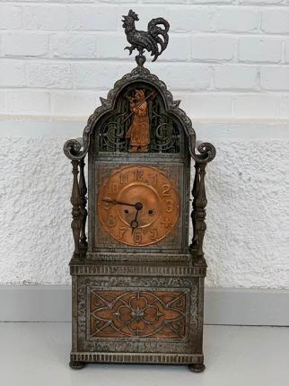 Uhr, Metall, Art déco, um das Jahr 1931 hergestellt