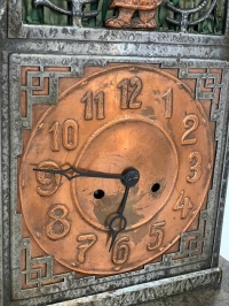 Uhr, Metall um das Jahr 1931 hergestellt
