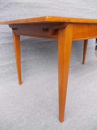 Tübinger WirtshaustischTübinger Wirtshaustisch, Art déco, um 1930 gefertigt
